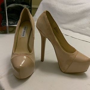 Steve Madden 6 inch heeled platform shoes